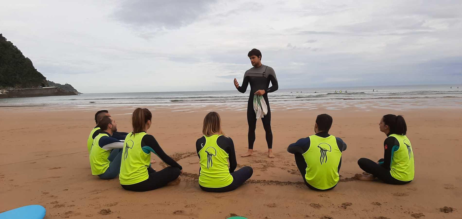 Escuela de surf en Zarautz, Essus Surf Eskola
