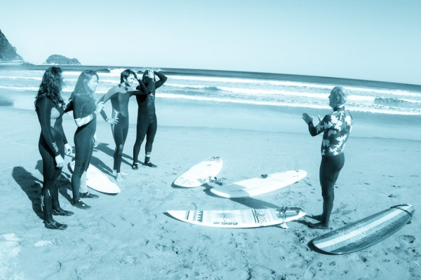 essus-surf-eskola-primera-clase-surf