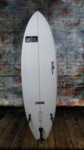 tabla-de-surf-a-medida-essus-STUMPY-surf-eskola-zarautz