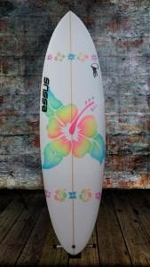 tabla-de-surf-a-medida-essus-surf-eskola-zarautz-KRYPTONITA