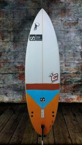 tabla-de-surf-a-medida-essus-surf-eskola-zarautz-2016-02-25-01-ned-kelly-round-pin