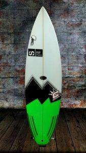 tabla-de-surf-essus-NED-KELLY-surf-eskola-zarautz