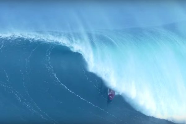 big waves jaws hawaii enero 2016