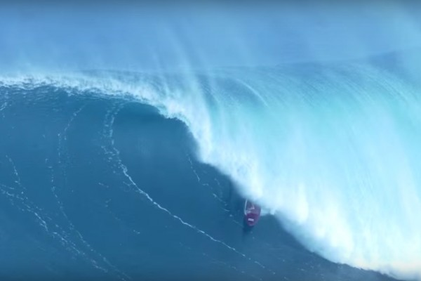 big waves jaws hawaii enero 2016