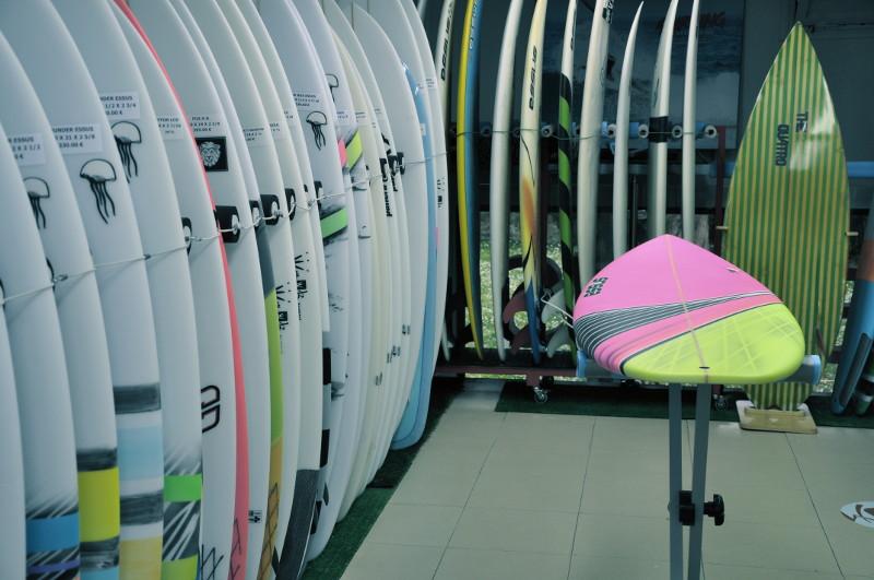 Venta material surf, tablas de surf, inventos, grips, fundas tablas de surf - Zarautz