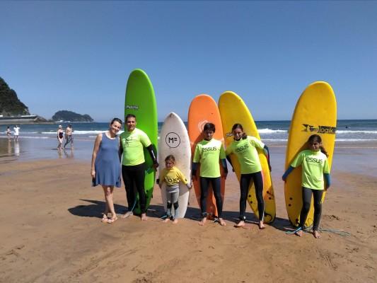 Cursos de suf para familias, Essus surf eskola, Zarautz